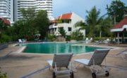 Jomtien Beach Paradise Condominium бассейн