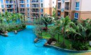 Atlantis Condo Resort Pattaya бассейн